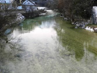Die Ischlerache (Ischl) befischt man mitten in der Stadt